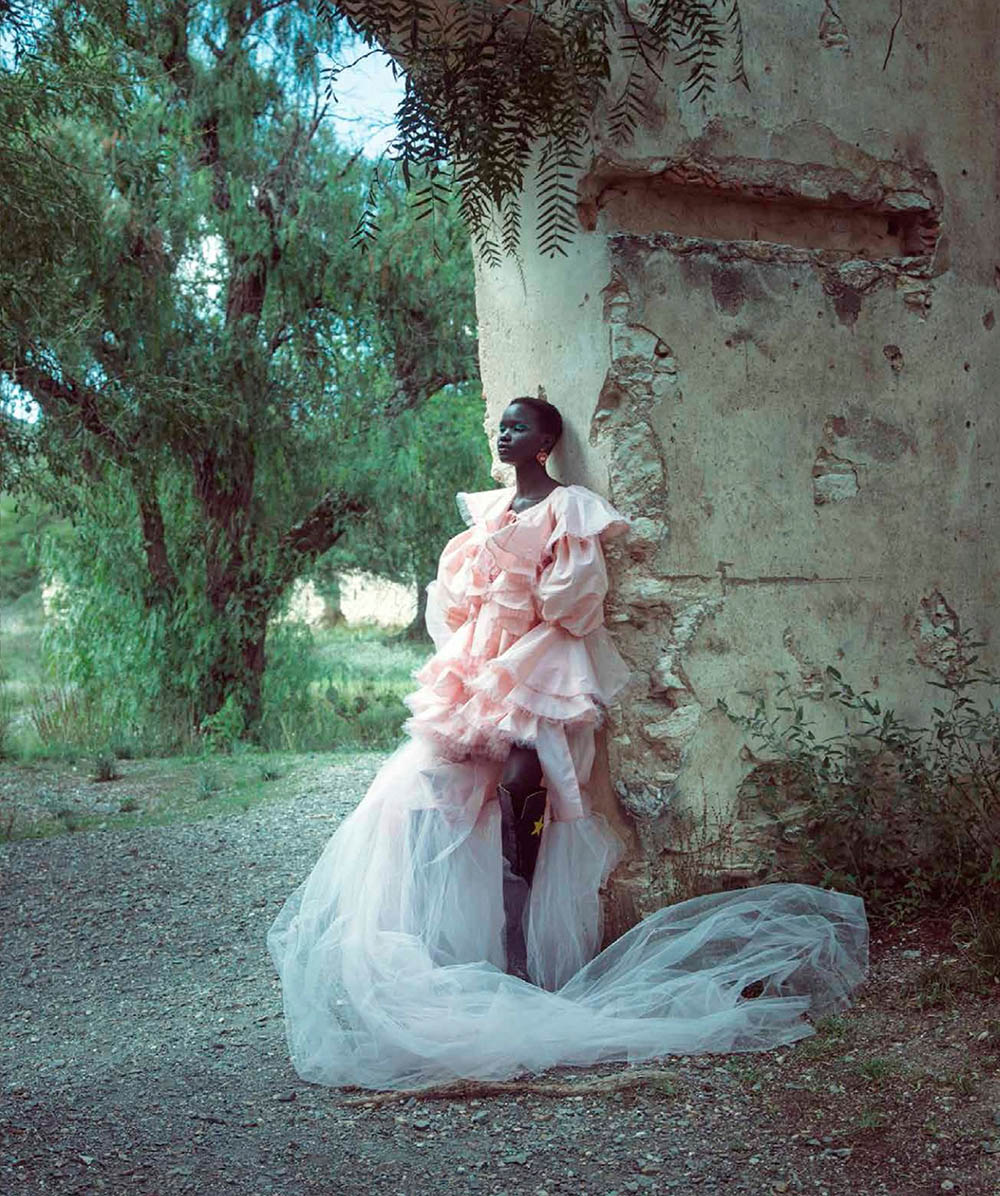 Akon Changkou by Alejandro Salinas for Harper's Bazaar Mexico & Latin America October 2019