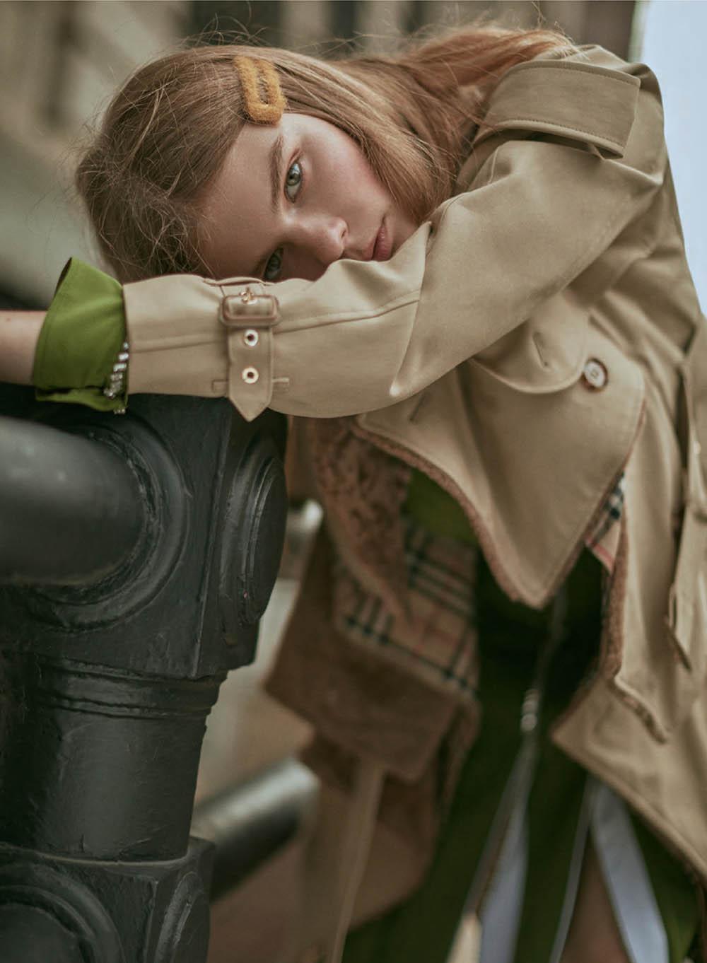 Alexandra Elizabeth Ljadov by D. Picard for Elle Canada October 2019