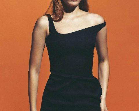 Julia Banas by Ferry van der Nat for Vogue Netherlands October 2019