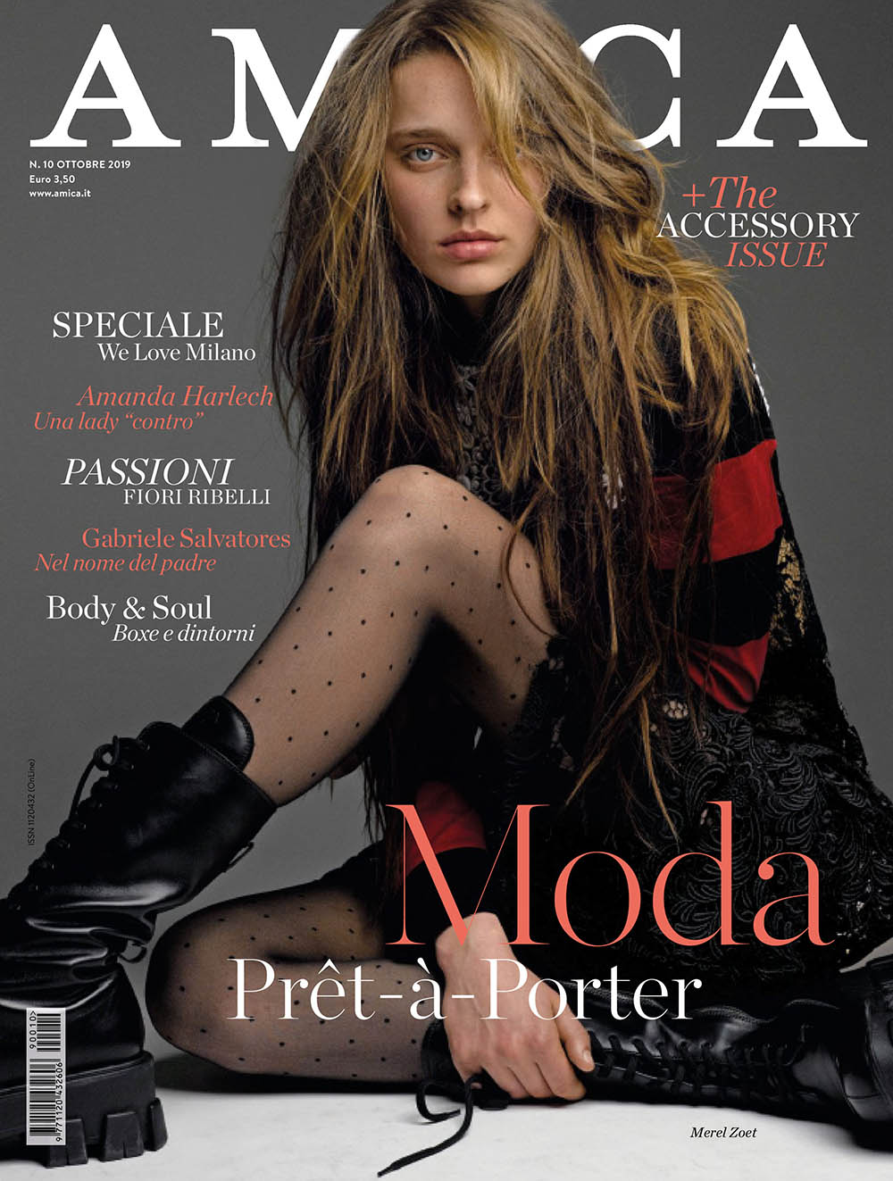 Merel Zoet covers Amica Magazine October 2019 by Philippe Cometti