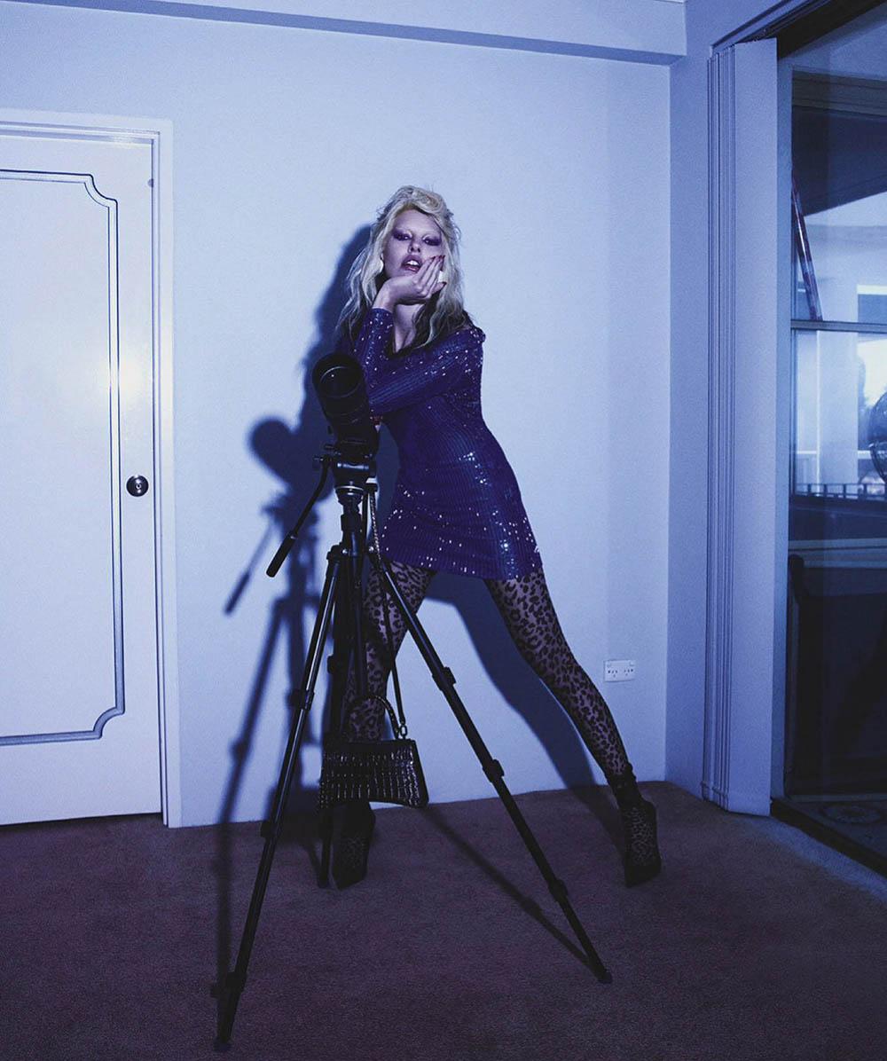Amanda Murphy by Simon Eeles for Vogue Australia November 2019