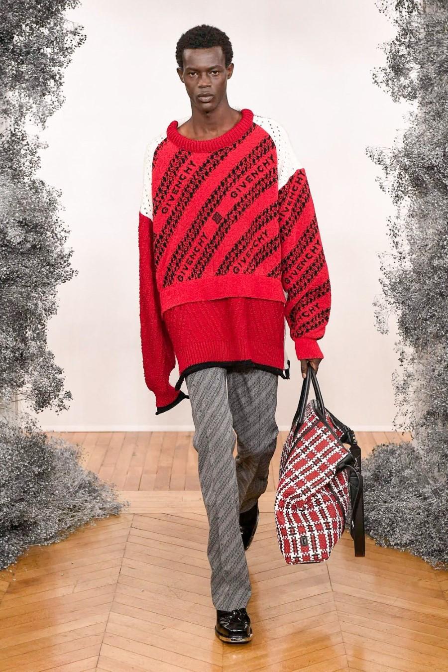 Givenchy - Fall Winter 2020 - Paris Fashion Week Men's