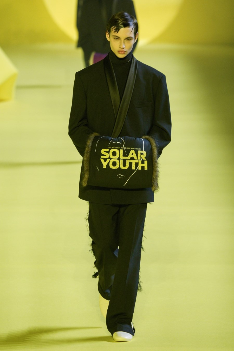 Raf Simons - Fall Winter 2020 - Paris Fashion Week Men's