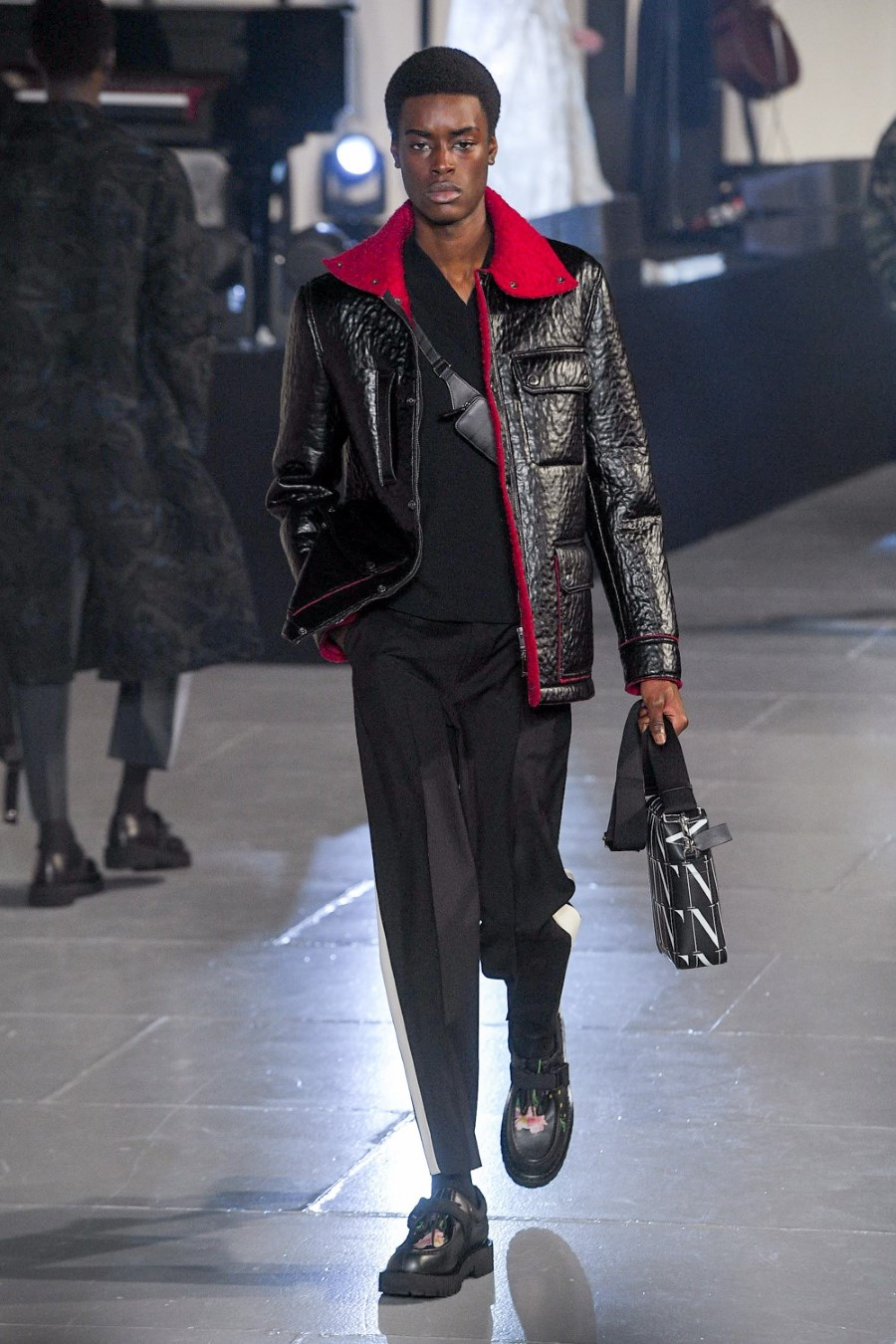 Valentino - Fall Winter 2020 - Paris Fashion Week Men'sValentino - Fall Winter 2020 - Paris Fashion Week Men's