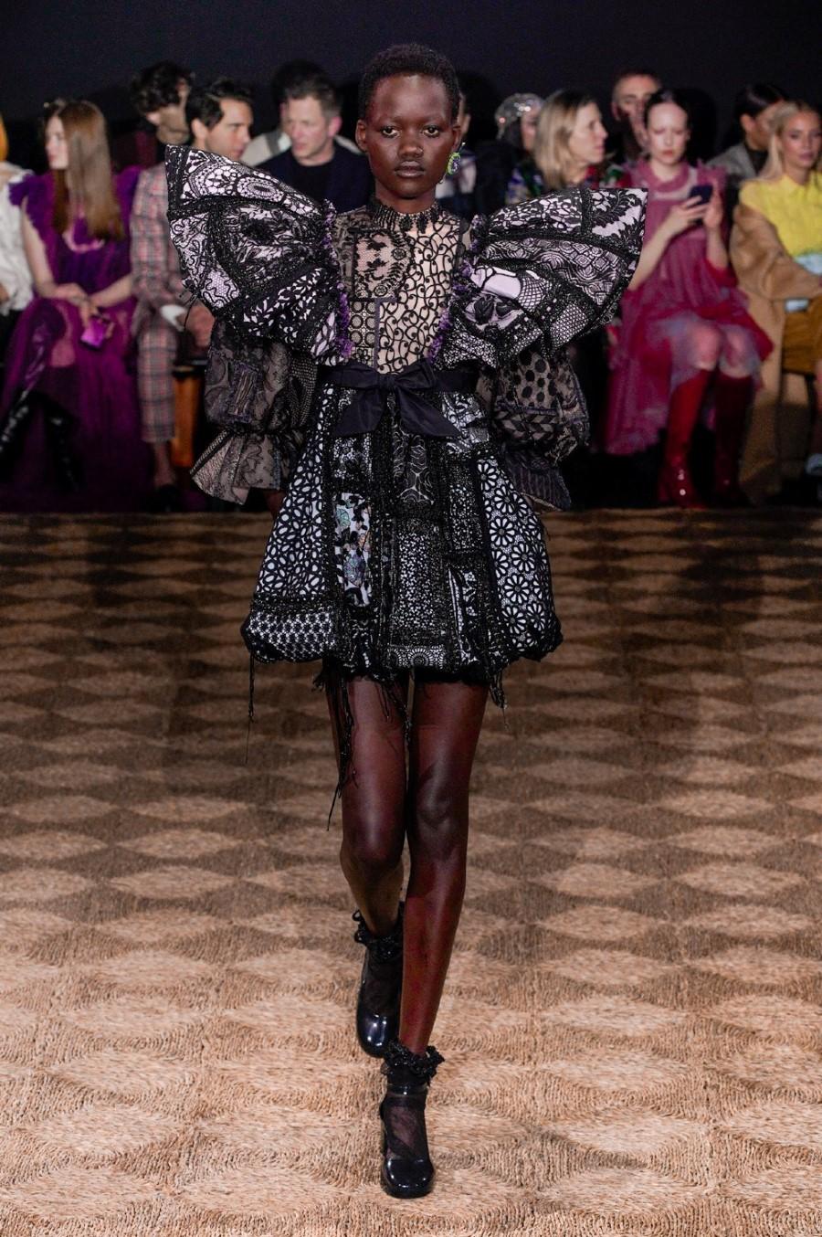 Viktor & Rolf Haute Couture Spring Summer 2020