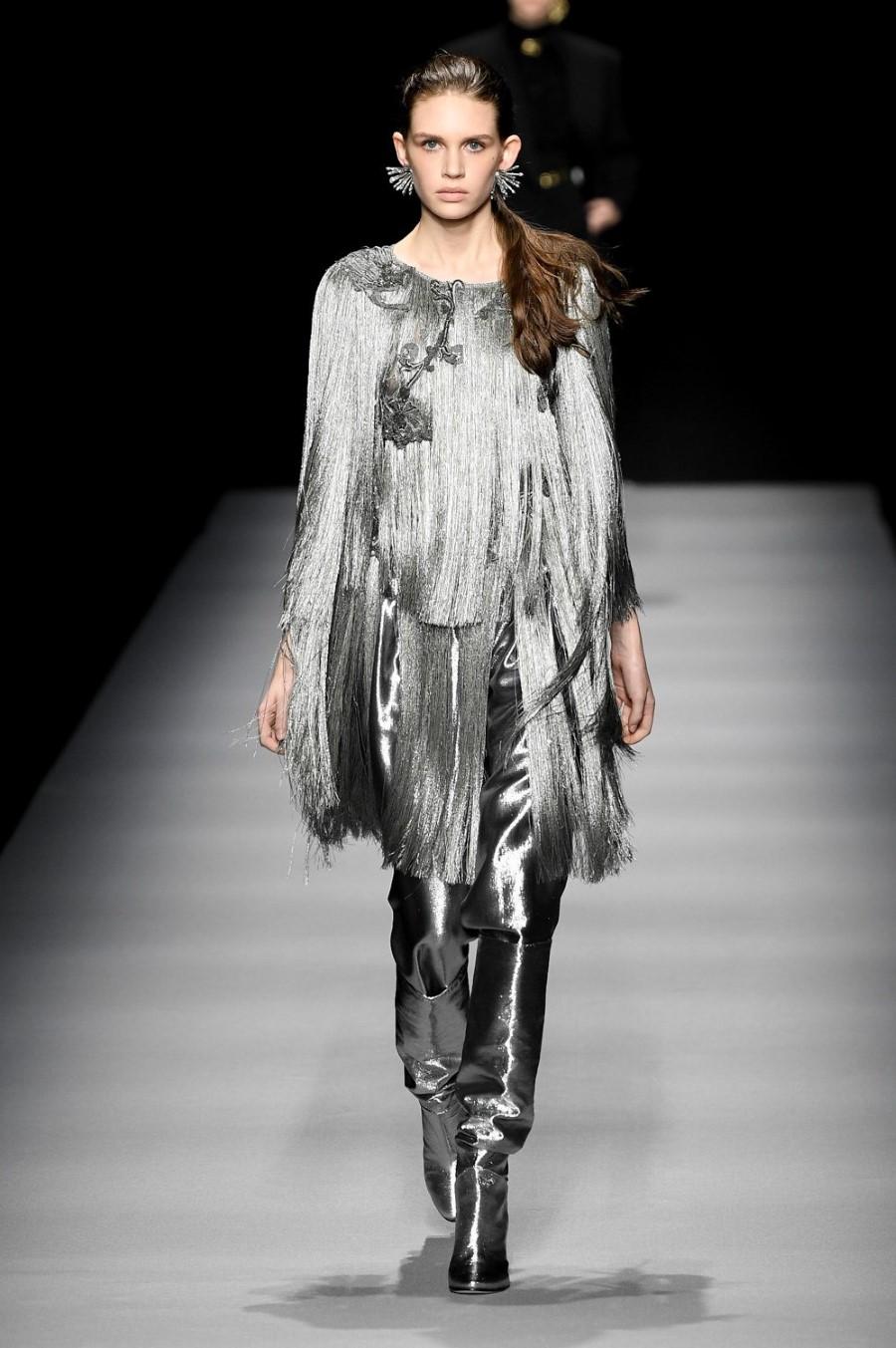 Alberta Ferretti - Fall Winter 2020 - Milan Fashion Week