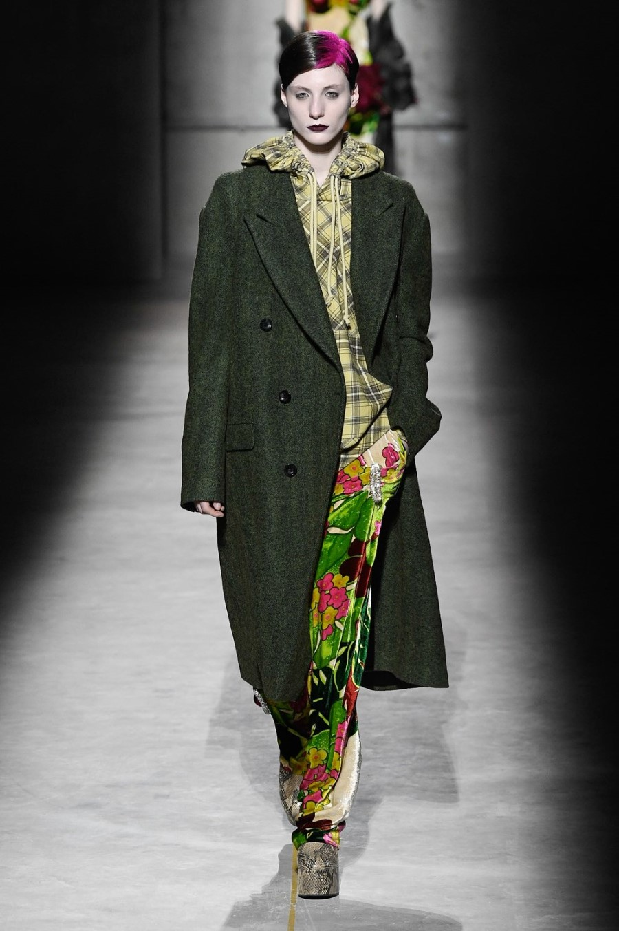 Dries Van Noten - Fall Winter 2020 - Paris Fashion WeekDries Van Noten - Fall Winter 2020 - Paris Fashion Week