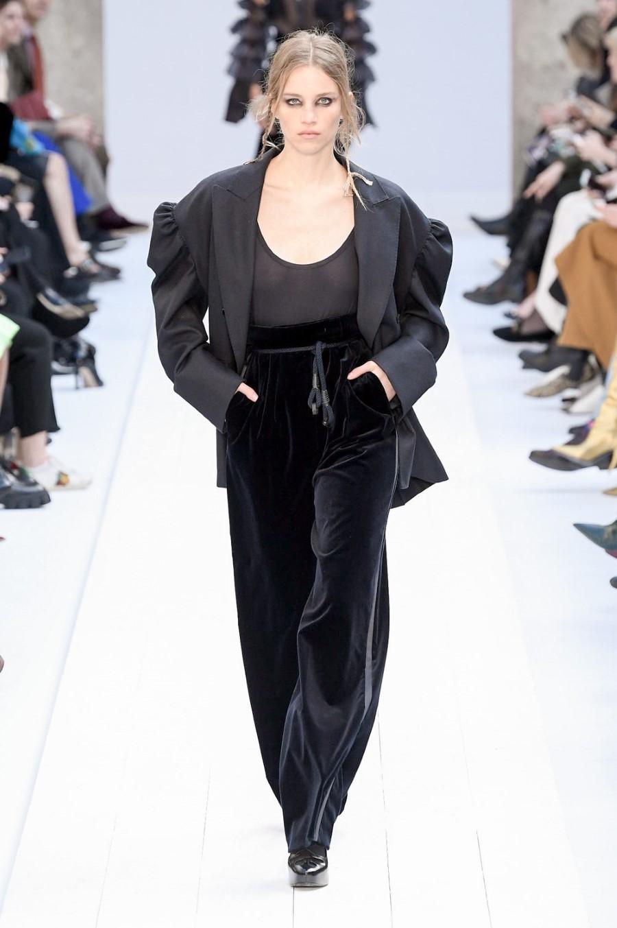 Max Mara - Fall Winter 2020 - Milan Fashion Week
