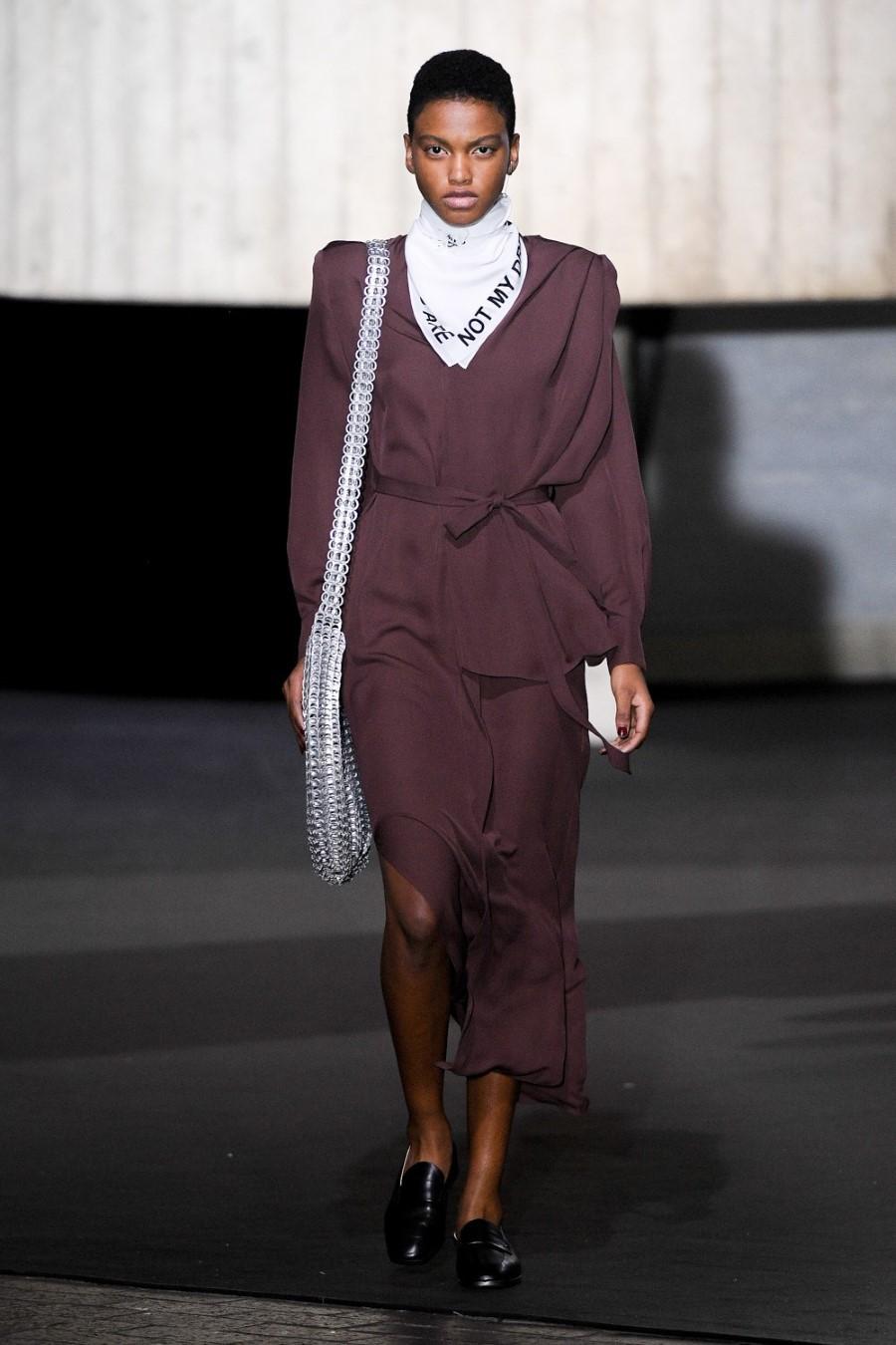 Roland Mouret - Fall Winter 2020 - London Fashion Week