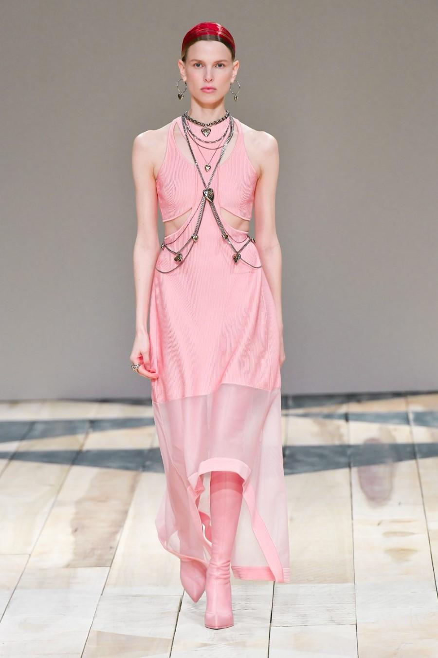 Alexander McQueen - Fall Winter 2020 - Paris Fashion Week
