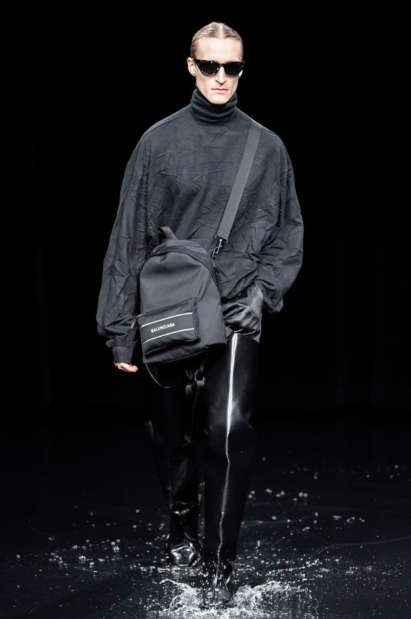 Balenciaga - Fall Winter 2020 - Paris Fashion Week