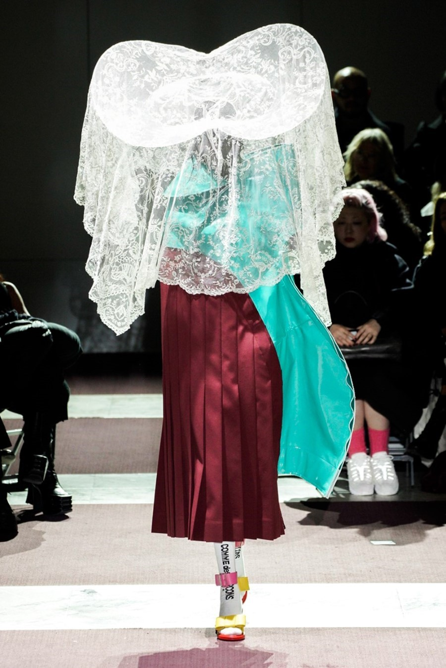 Comme des Garçons - Fall Winter 2020 - Paris Fashion Week