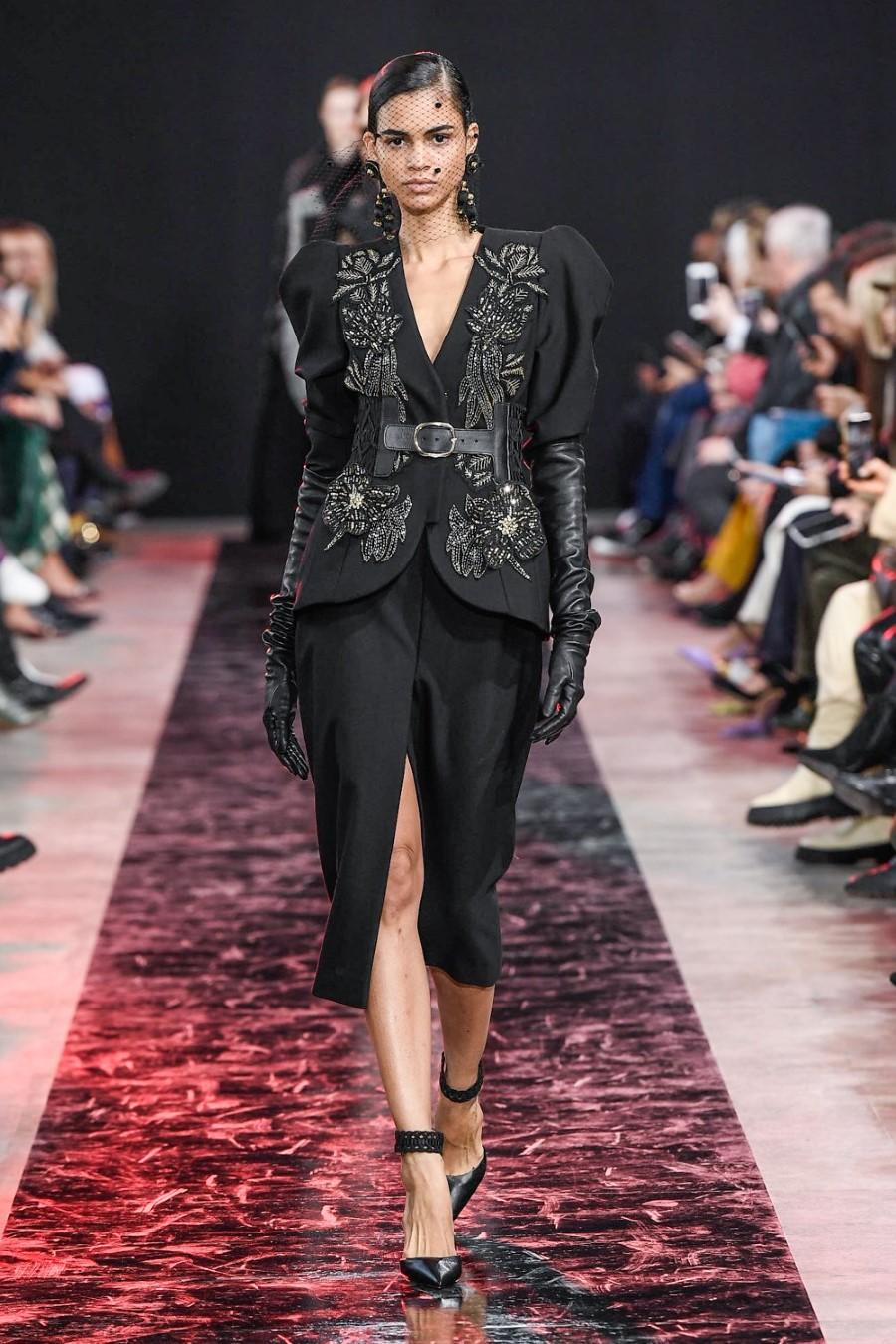 Elie Saab - Fall Winter 2020 - Paris Fashion Week