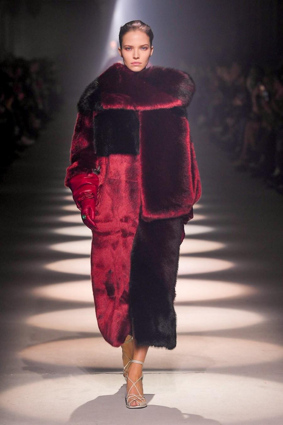 Givenchy - Fall/Winter 2020 - Paris Fashion Week