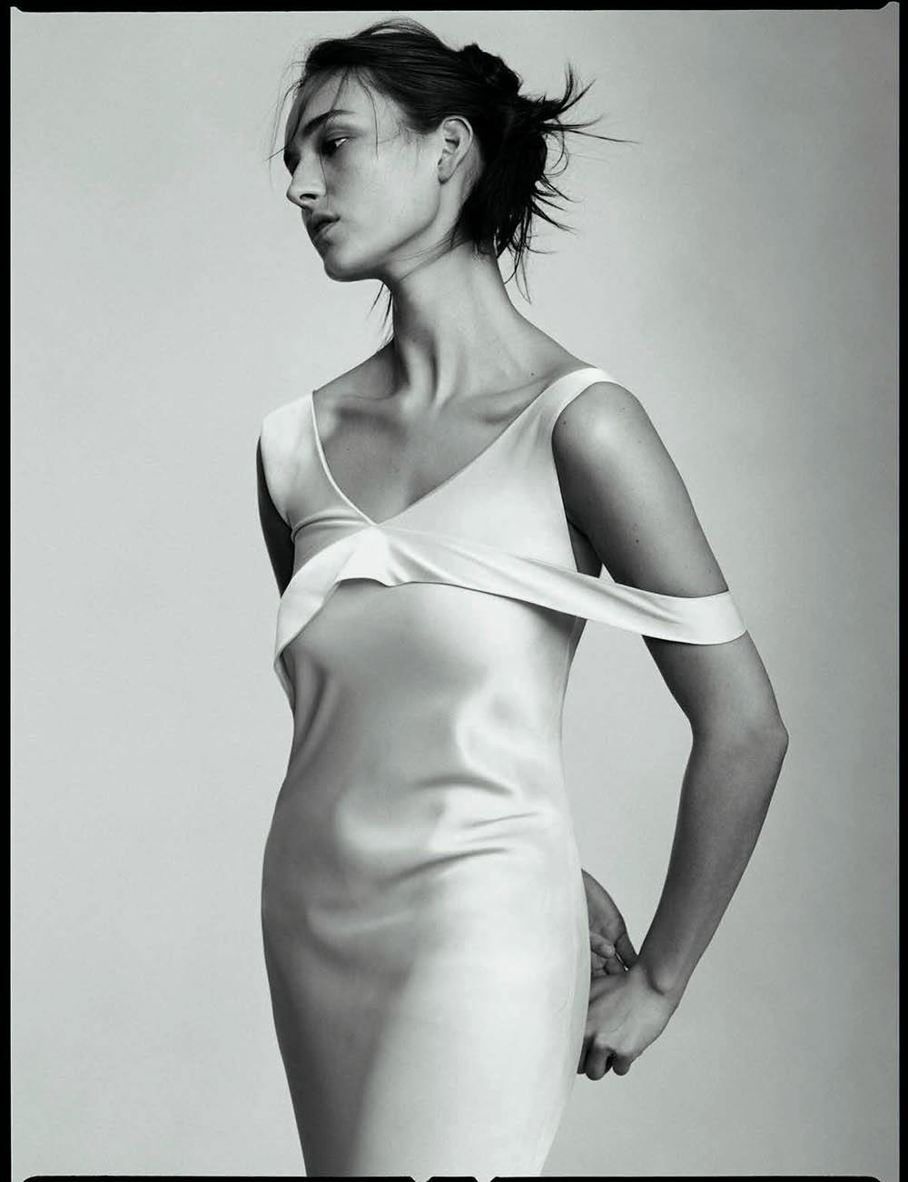 Julia Bergshoeff by Stas Komarovski for Vogue Poland March 2020