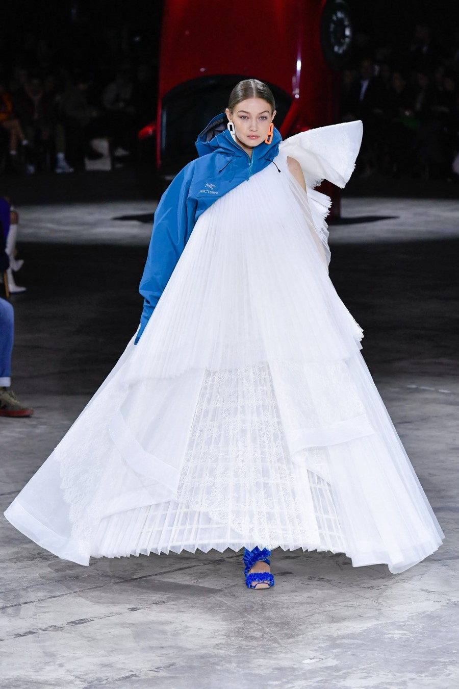 Off-White - Fall Winter 2020 - Paris Fashion Week