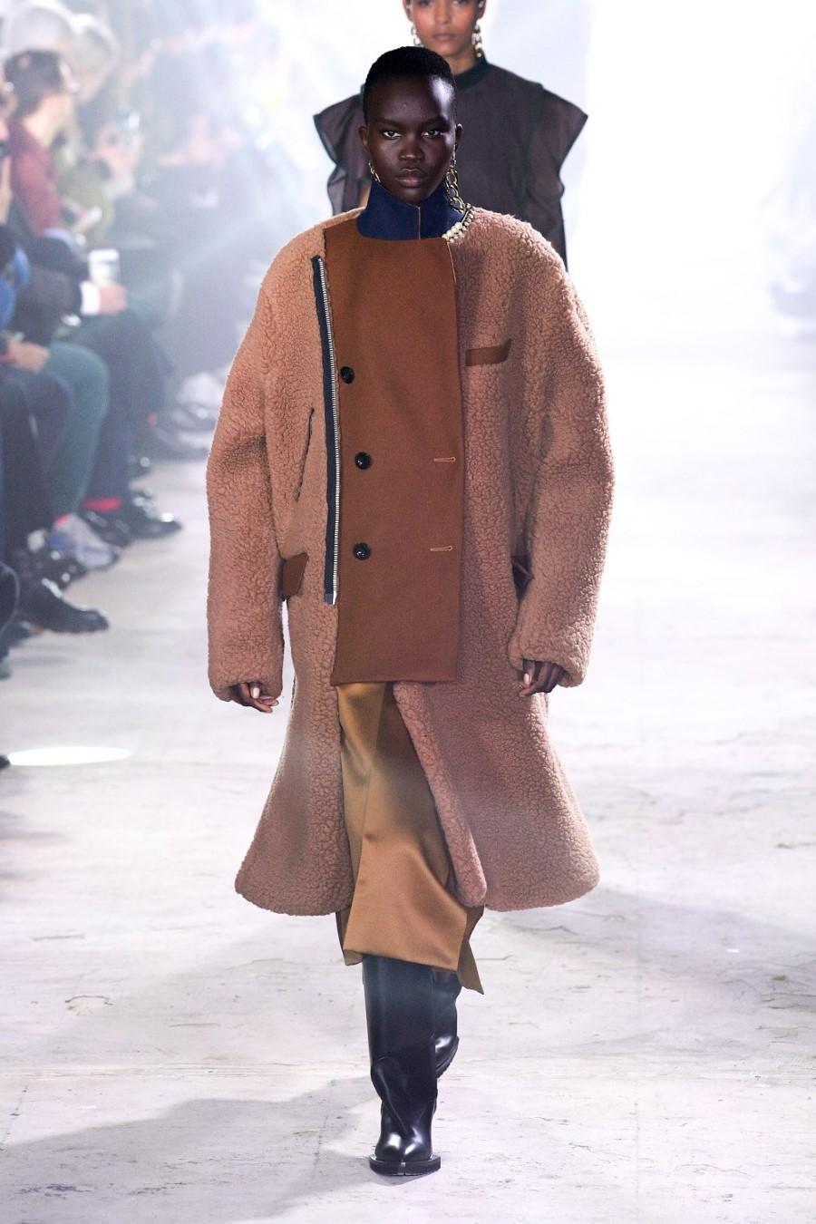 Sacai - Fall Winter 2020 - Paris Fashion WeekSacai - Fall Winter 2020 - Paris Fashion Week