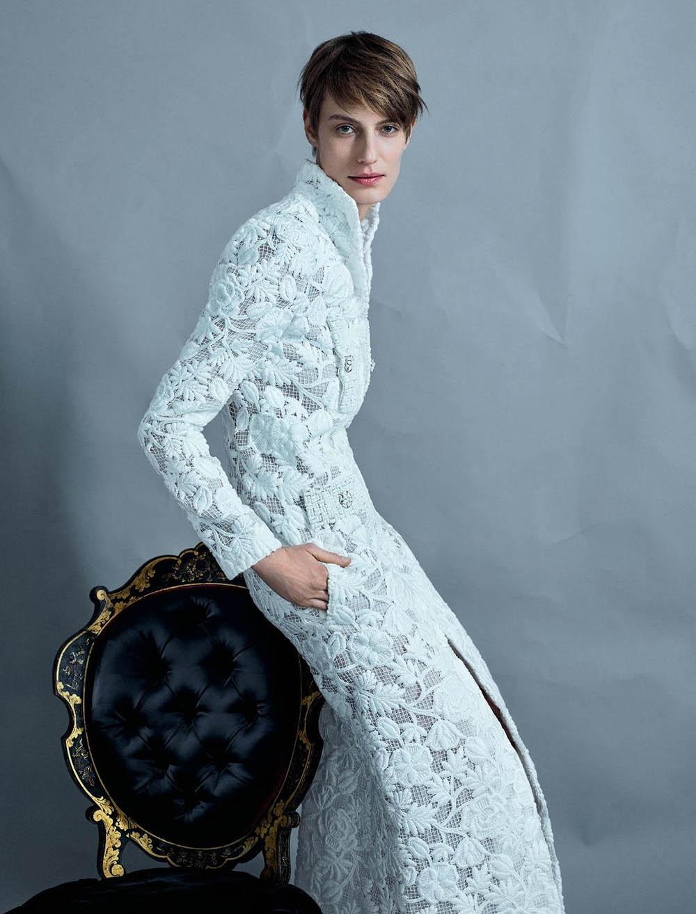 Veronika Kunz covers Numéro March 2020 by Jean-Baptiste Mondino