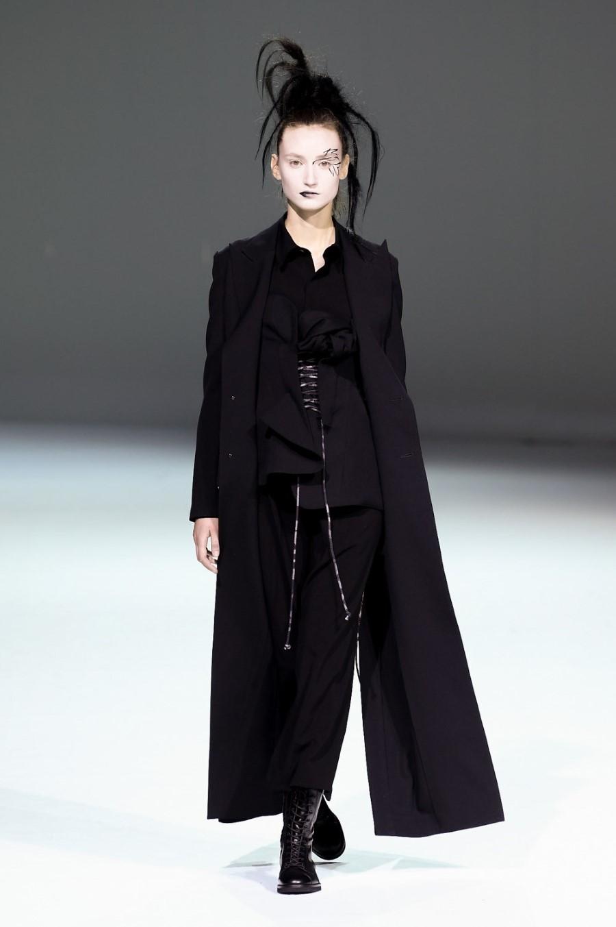 Yohji Yamamoto - Fall Winter 2020 - Paris Fashion Week