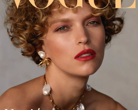 Arizona Muse covers Vogue Belleza Spain April 2020 by Camilla Akrans