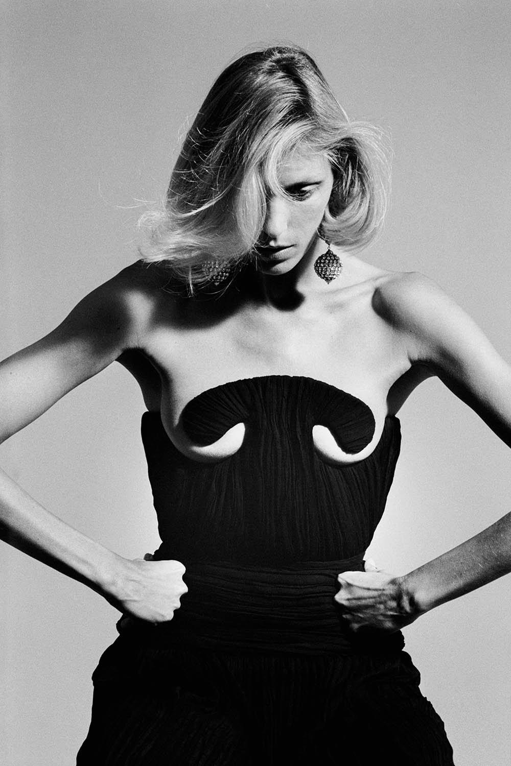 Anja Rubik covers Purple Issue 33 by Camille Vivier
