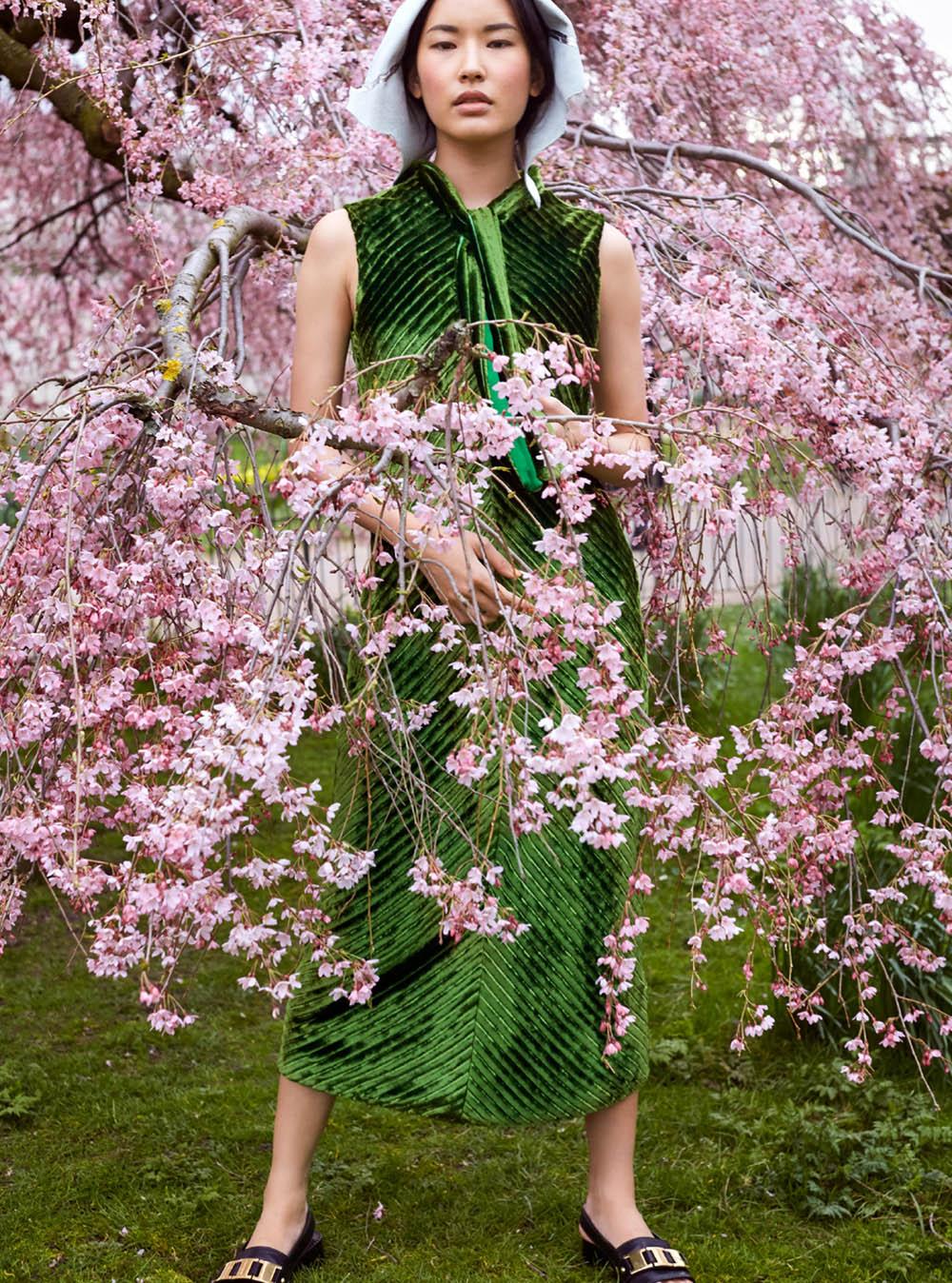 Hyunjoo Hwang and Melody Lulu-Briggs by Agata Pospieszynska for Harper's Bazaar UK June 2020