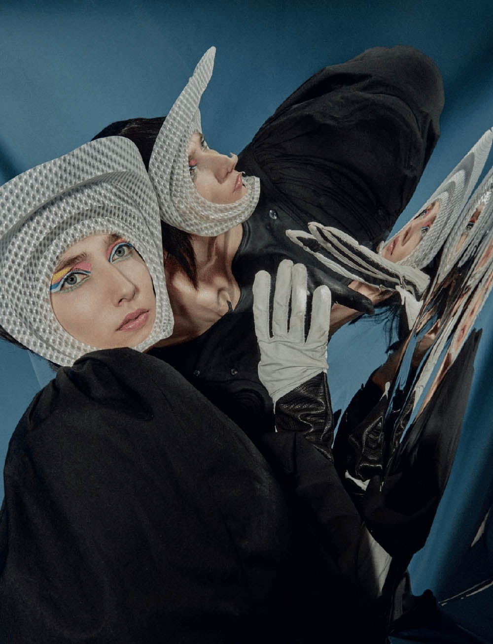 Lillian Charlotte by Magdalena Arcelloni for L'Officiel Ukraine Summer 2020