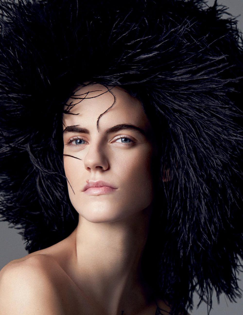 Miriam Sanchez covers Vogue Spain August 2020 by Miguel Reveriego