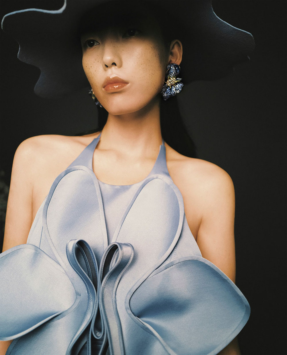 Jessie Hsu covers Vogue Taiwan September 2020 by Zhong Lin