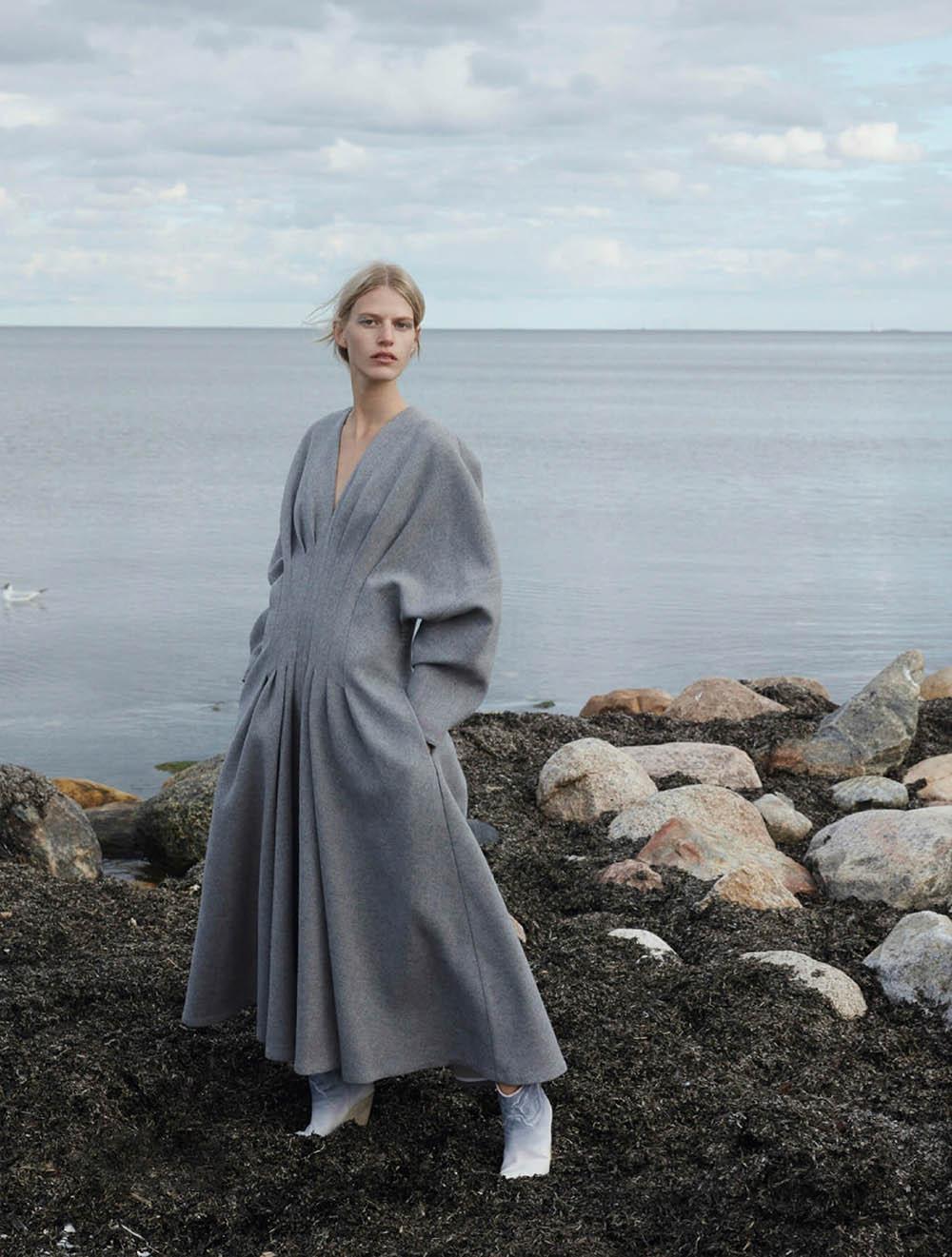 Line Kjaergaard and Anna Villemoes by Jette Jors for Elle Denmark September 2020