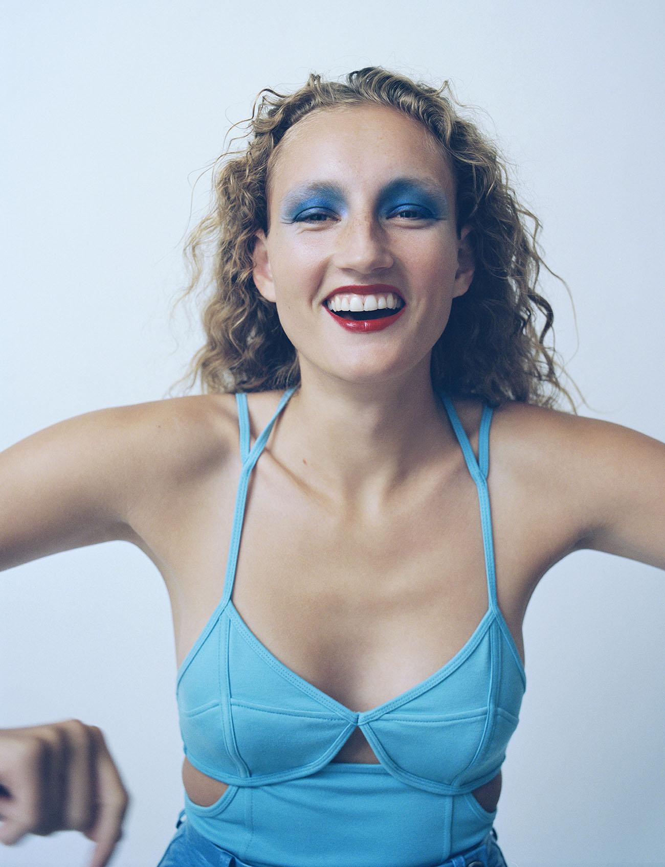 Agnes Nieske Abma by Dennis Stenild for Elle Mexico October 2020