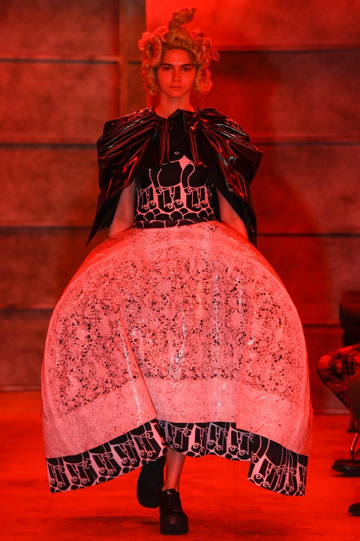 Comme des Garçons - Spring-Summer 2021 - Tokyo Fashion Week