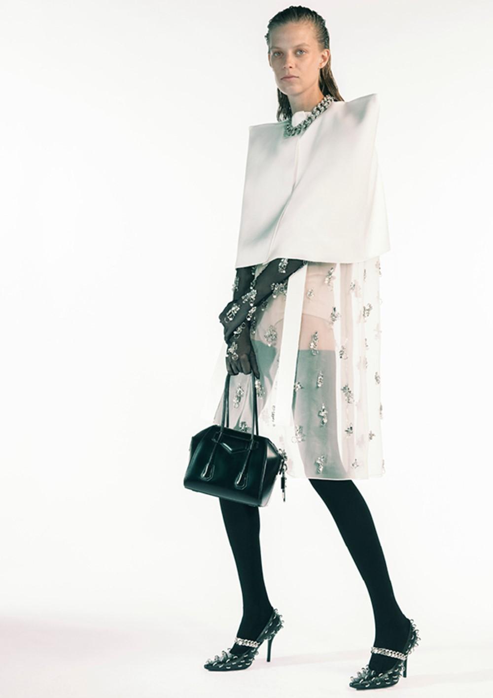 Givenchy - Spring-Summer 2021 - Paris Fashion Week