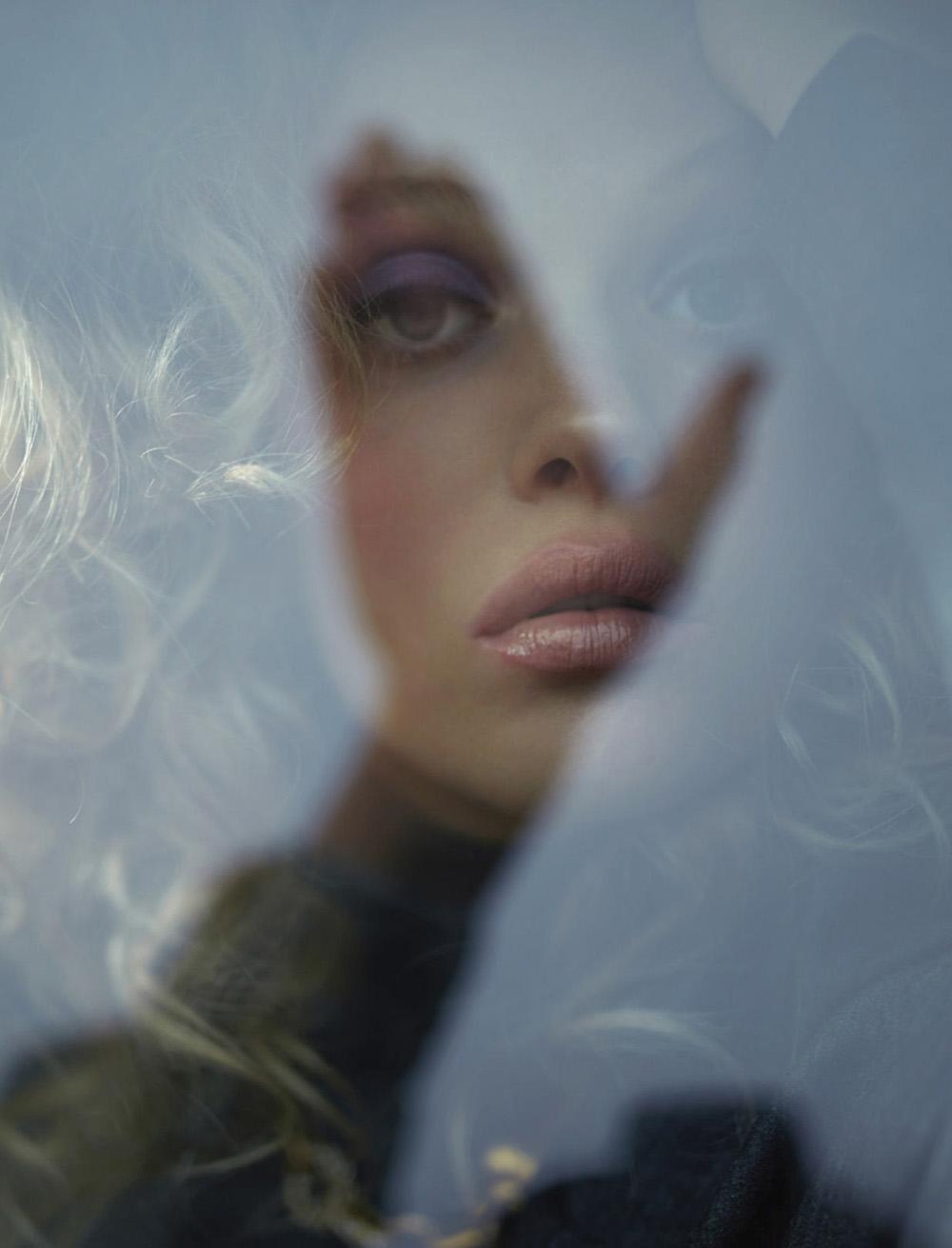 Marie Lucassen by Stephanie Pistel for Elle Russia November 2020