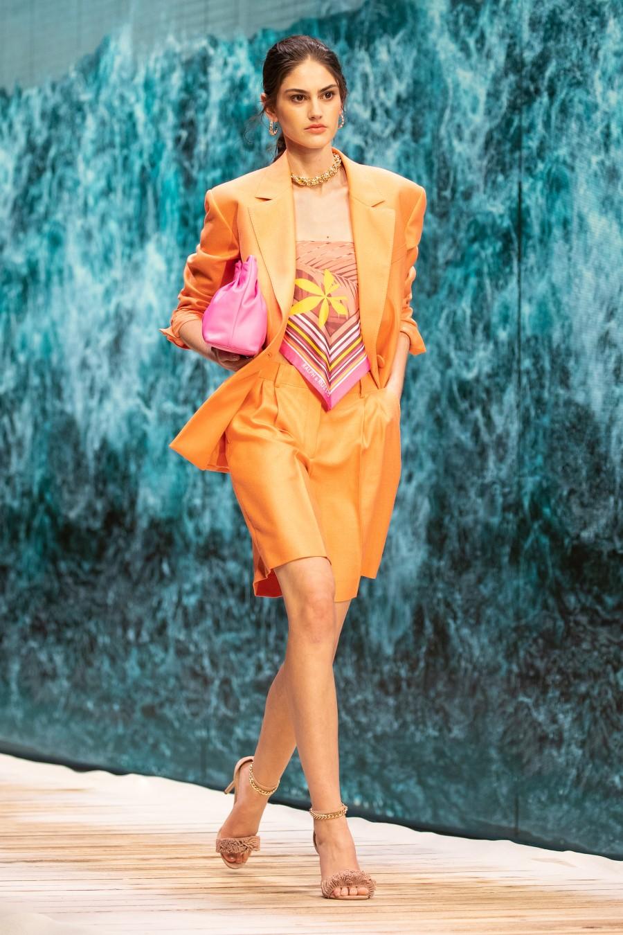 Ralph & Russo - Spring-Summer 2021 - Paris Fashion WeekRalph & Russo - Spring-Summer 2021 - Paris Fashion Week