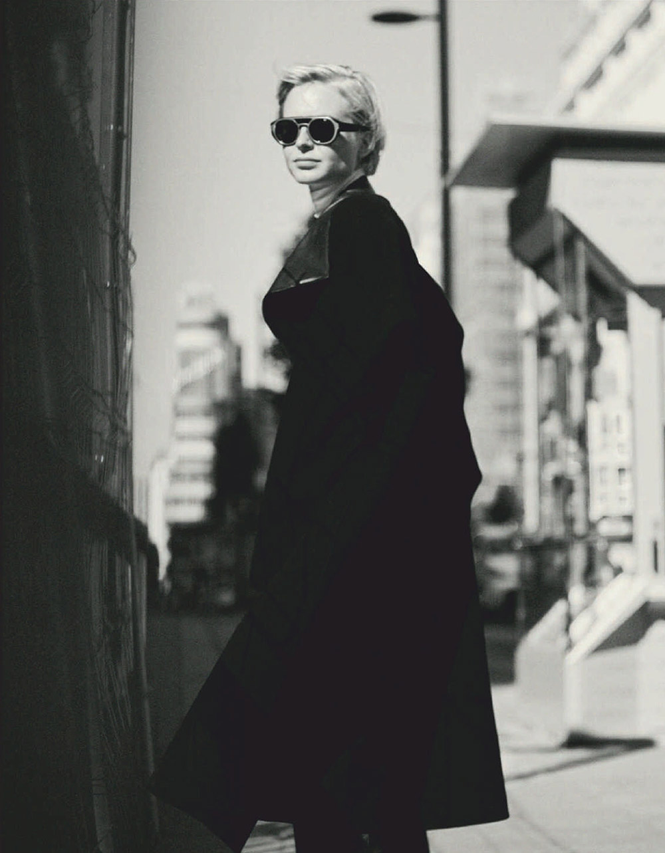 Steffi Cook by Javier Biosca for Harper's Bazaar Spain November 2020