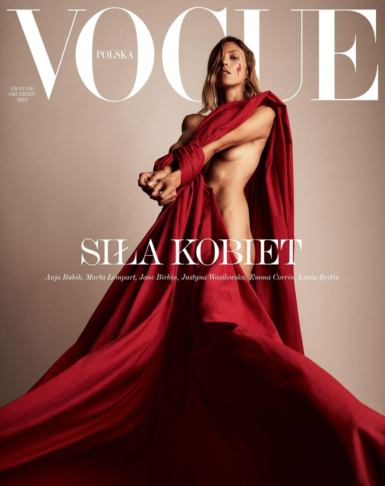 Anja Rubik covers Vogue Poland December 2020 by Anja Rubik