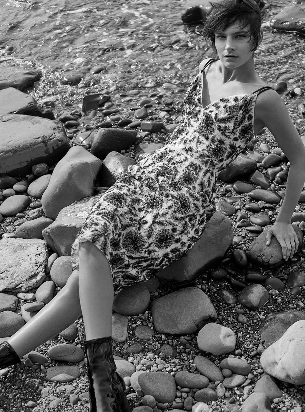 Hirschy Grace by Agata Pospieszynska for Harper's Bazaar UK December 2020