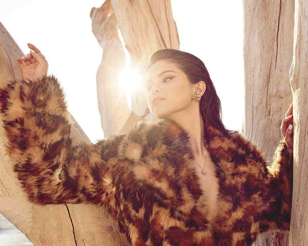 Selena Gomez covers Vogue Mexico & Latin America December 2020 January 2021 by Dario Calmese