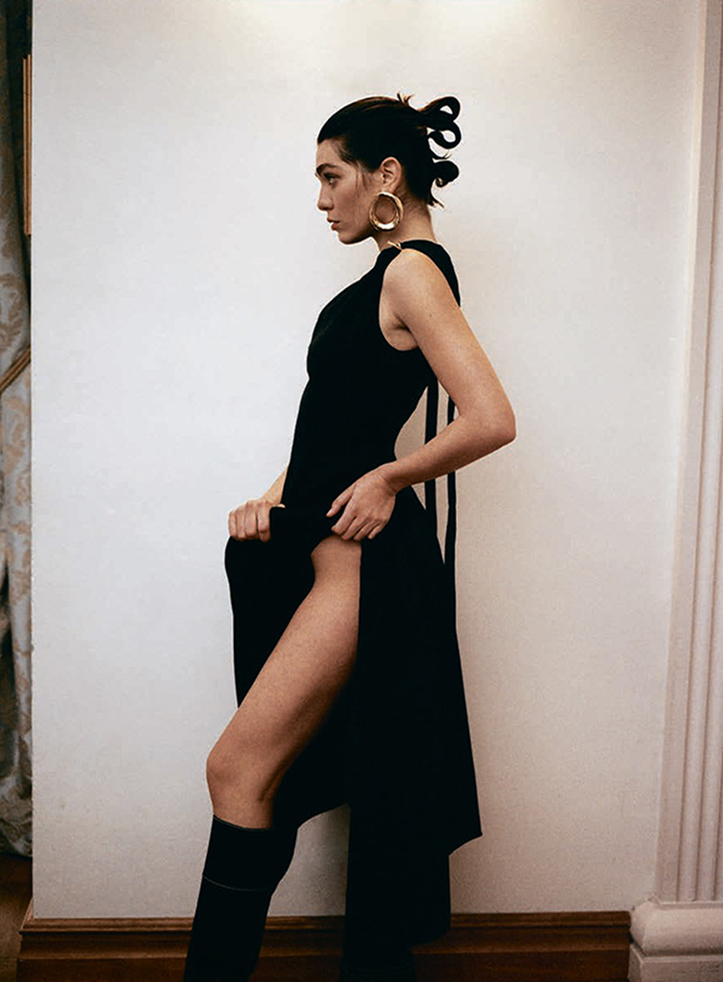 Steffy Argelich by Sonia Szóstak for Vogue Poland December 2020