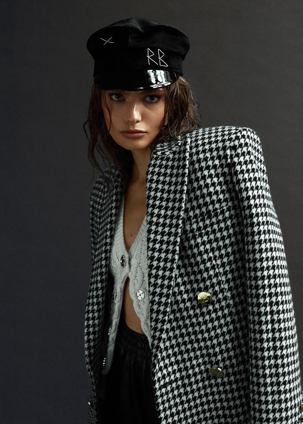 Anna Mila Guyenz by Per Florian Appelgren for Elle Croatia January 2021