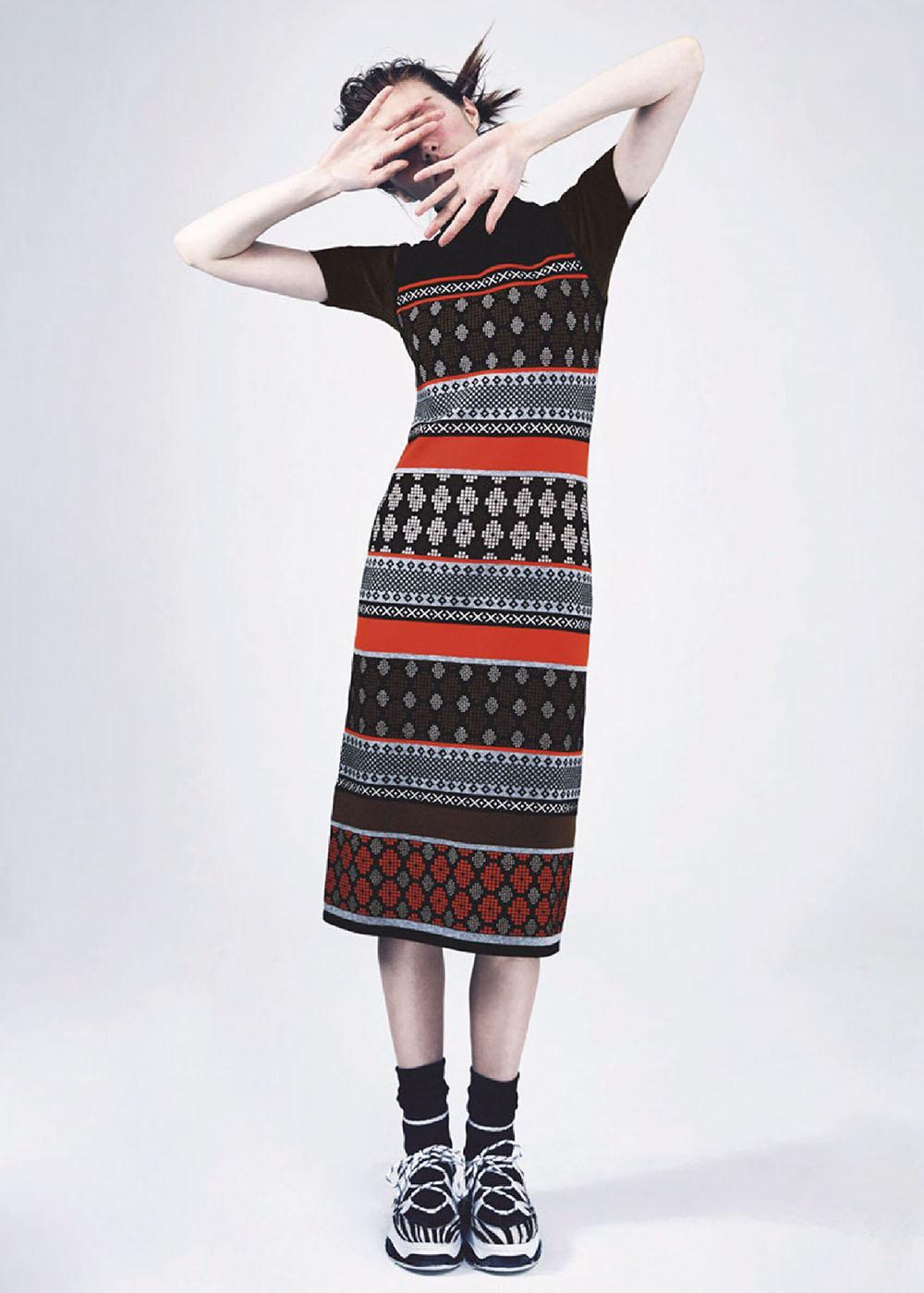 Daria Milky by Onur Dağ for Elle Turkey December 2020 January 2021