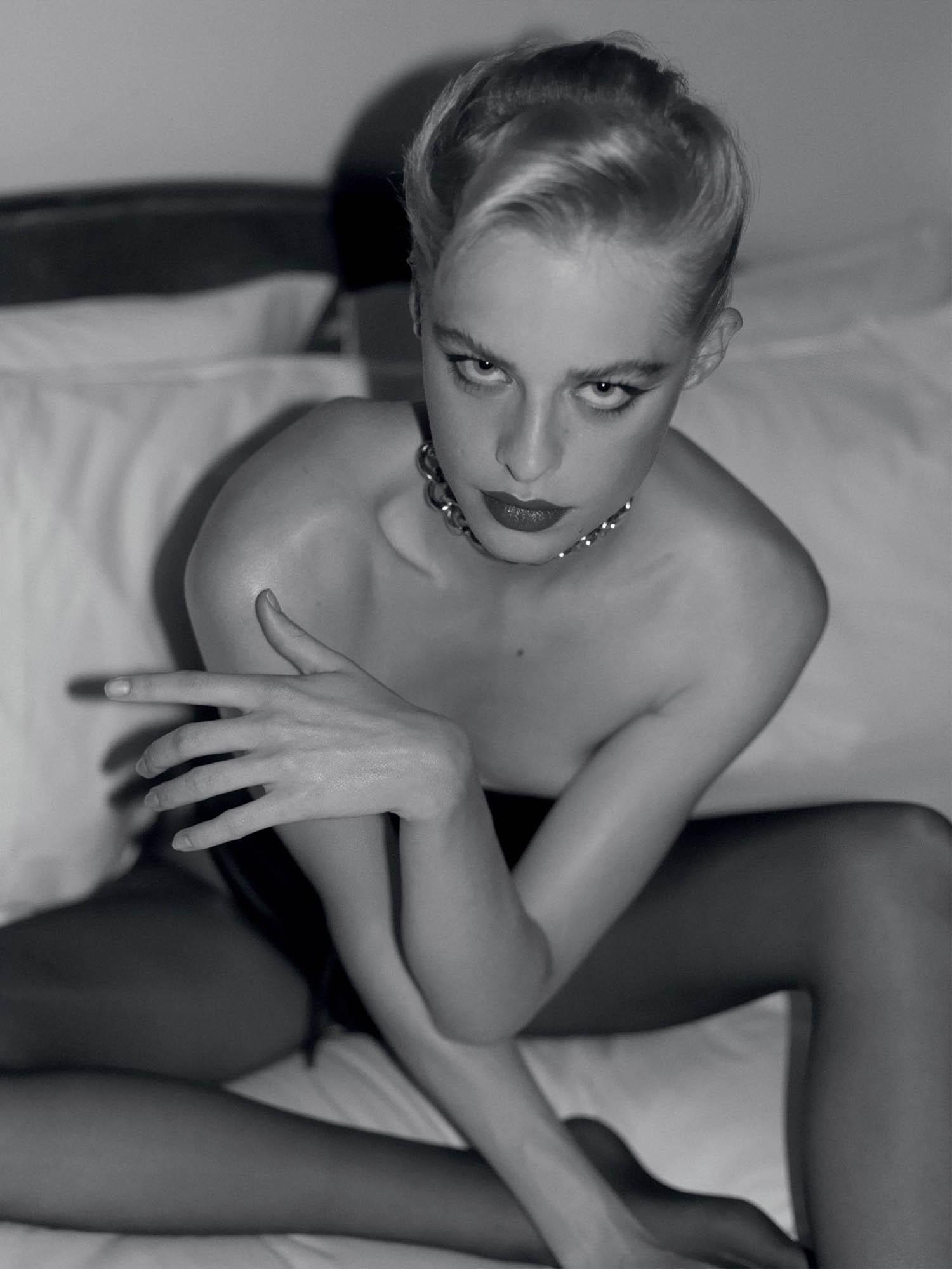 Sarah Saxinger by David Ferrua for Vogue Greece October 2020