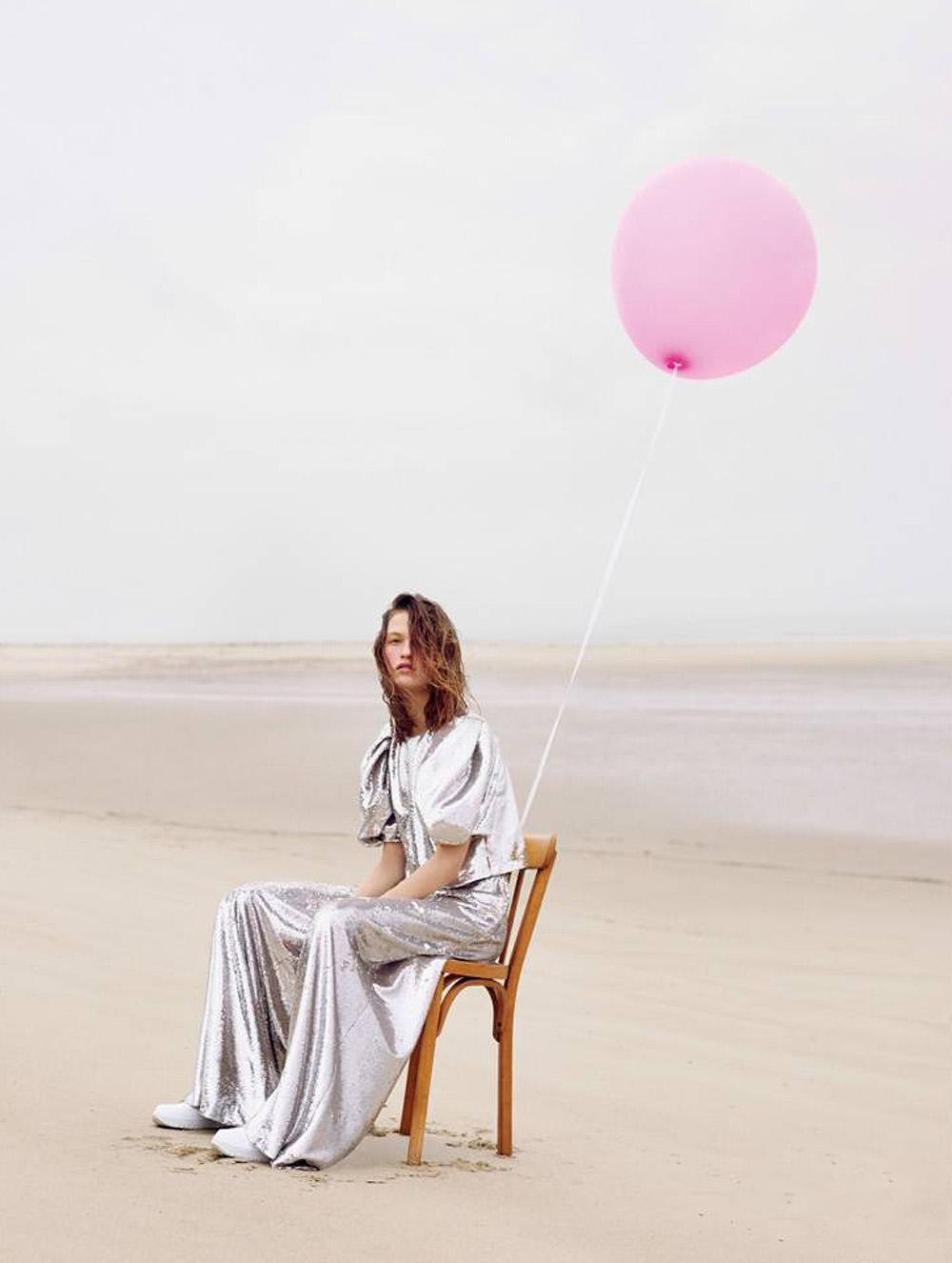 Vanya Dakovic by Jean-Baptiste Courtier for Madame Figaro January 15th, 2021