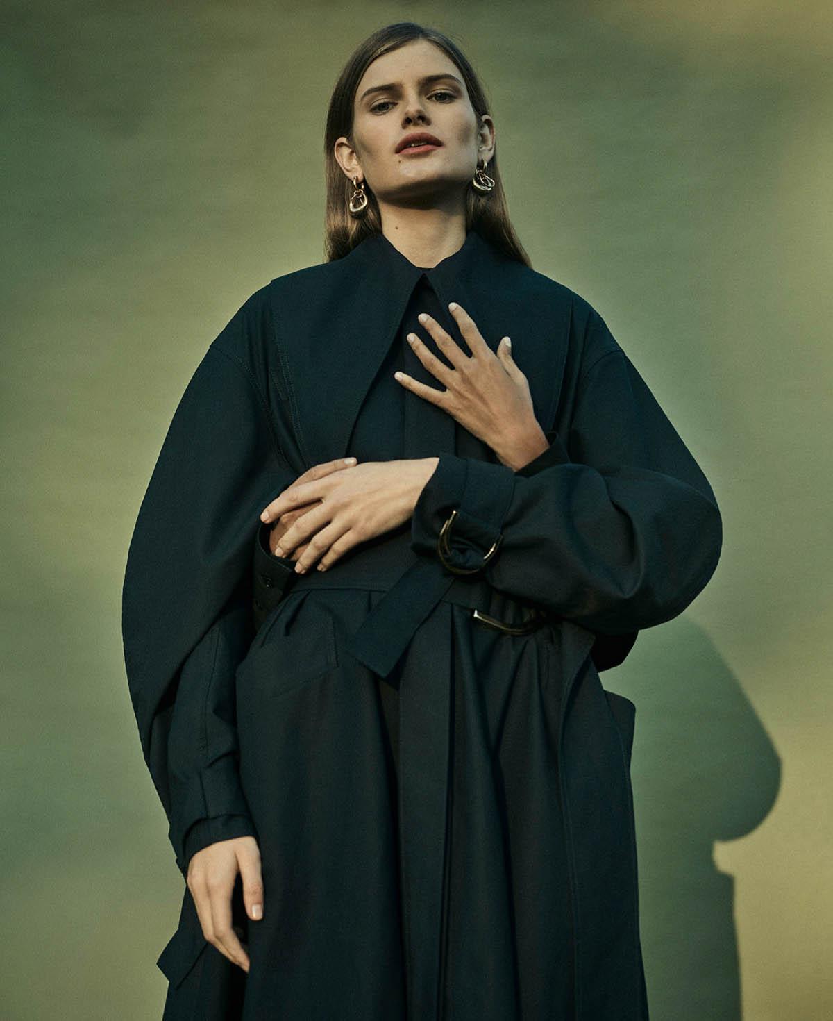 Amrit and Signe Veiteberg by Annemarieke van Drimmelen for Harper's Bazaar US February 2021