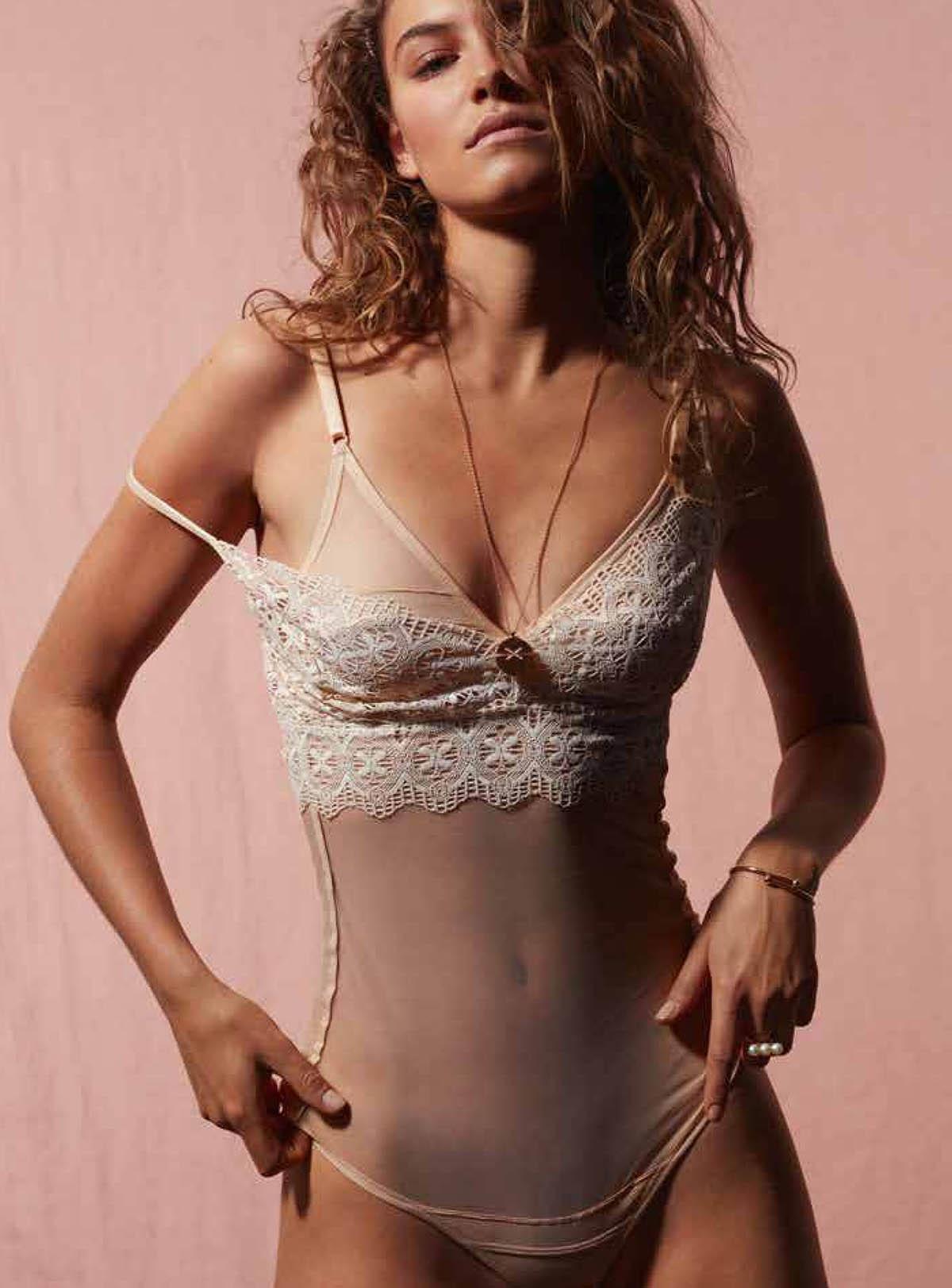 Johanna Schapfeld by Karina Twiss for Madame Figaro February 5th, 2021