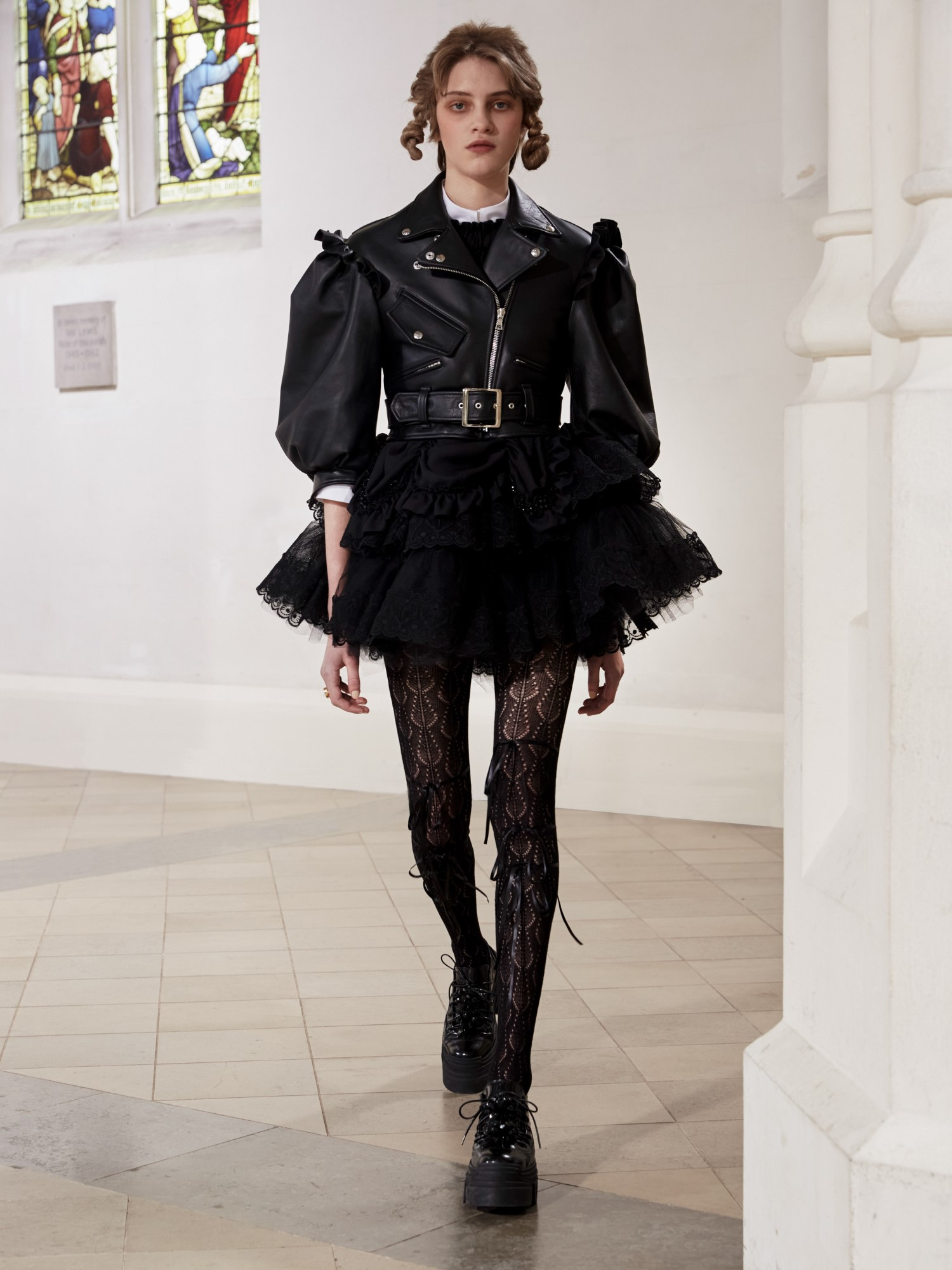 Simone Rocha Fall Winter 2021 - London Fashion Week