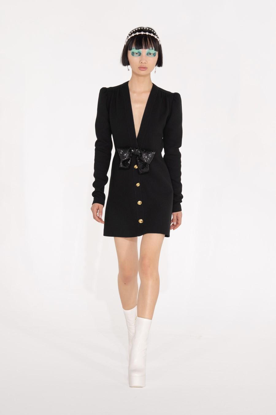 Giambattista Valli Fall Winter 2021 - Paris Fashion Week