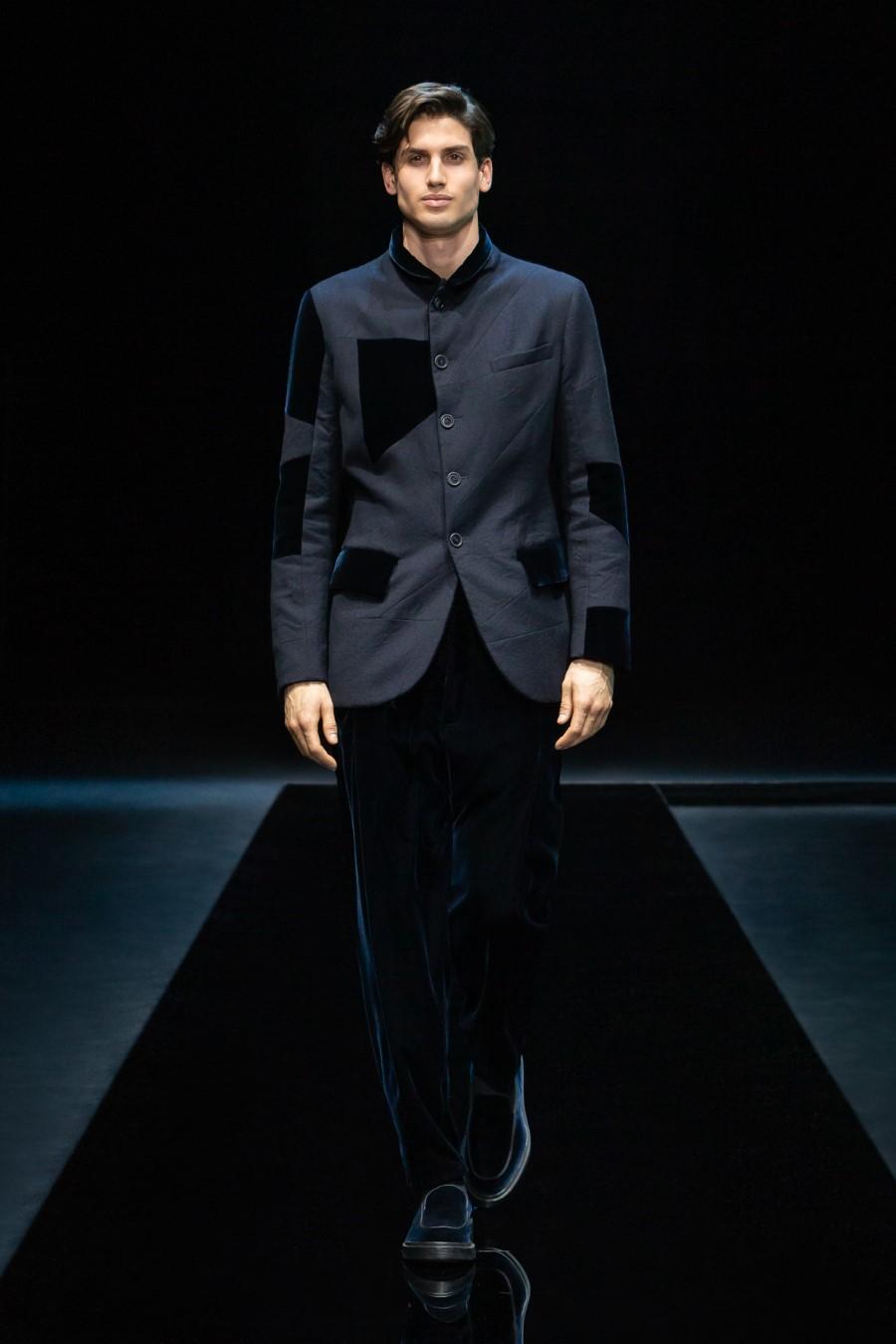 Giorgio Armani Men's Fall Winter 2021 - Milan Fashion WeekGiorgio Armani Men's Fall Winter 2021 - Milan Fashion Week