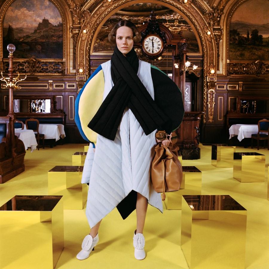 Loewe Fall Winter 2021 - Paris Fashion Week